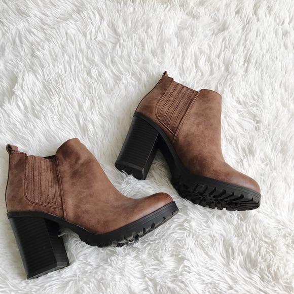 28147a081a Sam & Libby Shoes | Sam Libby Chunky Heel Ankle Boot | Poshmark